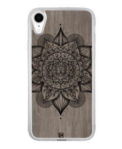 Coque iPhone Xr – Mandala on wood